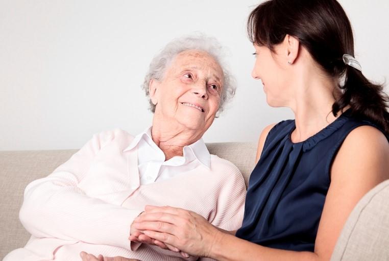 8 consejos para prevenir las caídas relacionadas con la demencia